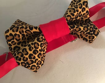 Cheetah Print bow tie with red lining!