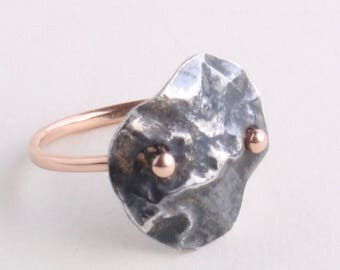 Lunar Captive Ring