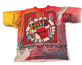 Vintage Chicago Bulls All Over Print Tee Shirt NBA Basketball By Magic Johnson T's Size XL