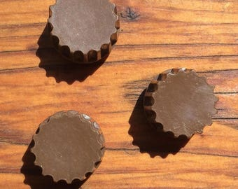 3 Vintage Radio Knobs Fluted Brown