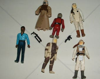 Vintage Star Wars Action Figures Lot With Accessories  *****1970's-1980's*******