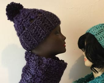 Purple Keilidesope Hat and Cowl Set