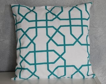 Cushion - 40 X 40 cm - geometric / Scandinavian Design - Green turquoise and white