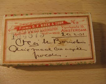 Very nice little box, antique of Amsterdam pharmacy ... from 1921!