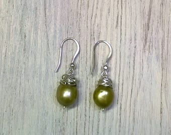 Natural pearl earrings of river and silver 925