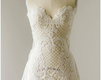 SOFT embroidered NET- Ornament Flower Bridal Lace, wedding lace fabric, Net Lace, Couture Lace - Alencon Lace fabric - (L17-023)