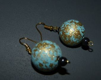 Dangle earrings wood & gold leaf