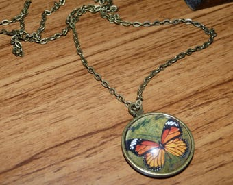 Vintage Butterfly cabochon pendant