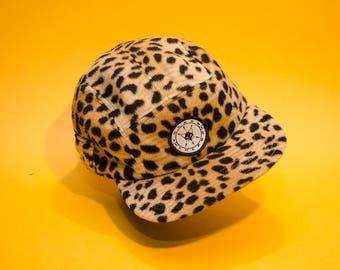 Wild cheetah fivepanel hat