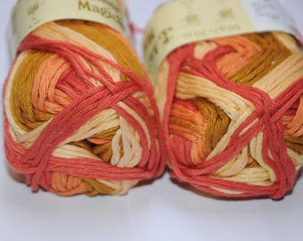 Set of 2 skeins of yarn knitting