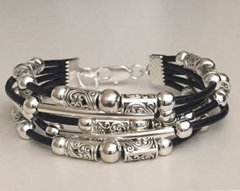 Women's leather bracelet/Beaded leather bracelet/Bohemian jewelry/Boho bracelet/Silver plated leather bracelet/Fashion jewelry/Black