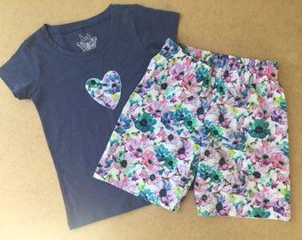 Pansy Shorts & T-shirt size 5