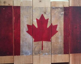 Recycled Wood CANADIAN FLAG DECOR