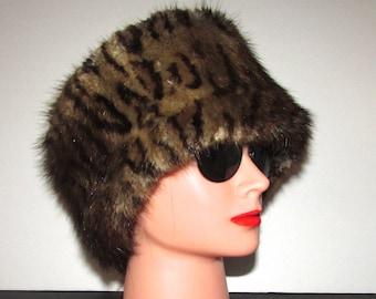 """Superbe bandeau de véritable fourrure de rat musqué headband/Superb real muskrat fur headband  22"""" X 6"""" approx"""