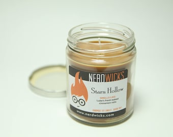 Stars Hollow - Gilmore Girls Inspired Candle - Cinnamon Roll Scent