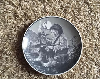 Unusual Vintage Porsgrund Norway Norwegian Plate Smoking Troll Design!