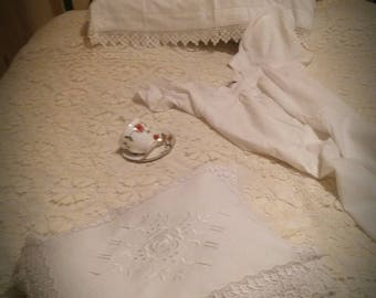 Lovely linen Double bed Throw