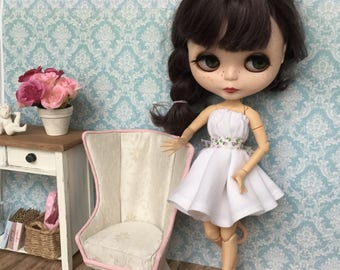 1:6 wingchair for Blythe, Pullip, Lati, Pukifee or other 12 inch dolls