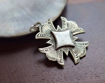 Antique Edwardian Silver Metal Engraved Geometric Greek Cross Pendant