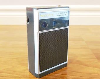 Vintage 1964 SONY TR-830 Super Sensitive 8 Transistor Radio, Working
