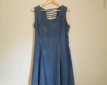 Denim dress, 90s, jeans dress, detailed back, circle skirt, light denim, M, *vintage*