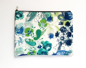 Paisley Clutch - Cosmetics - MakeUp Pouch - Clutch Bag - Travel Organizer - Unique Gift - Birthday - Gift for Her - BFF - Girlfriends