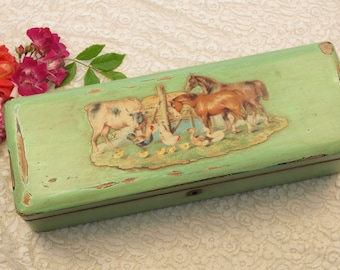 Vintage wooden painted glove box