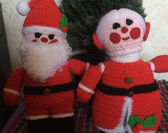 Vintage hand knitted Santa & Mrs Claus