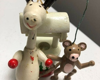 SPRINGSALE Wooden Ornaments Vintage Set of Three Monkey, Wishing Well, Horse
