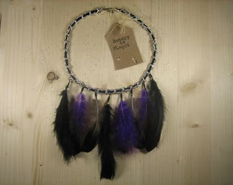 Necklace chain purple and black feathers