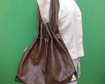 Vintage vegan bag | 90s faux leather Hobo | Vintage faux leather Hobo | 90s vintage Bag | 90s vegan Bag | Vintage shoulderbag |  Made in Italy