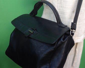 90s vintage bag/satchel/Vintage//Made in Italy bag//Shoulderbag black//90s vintage folder//90s leather bag