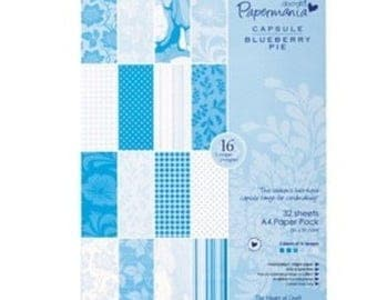 Set of 32 paper 21x29.5 cm two pockets