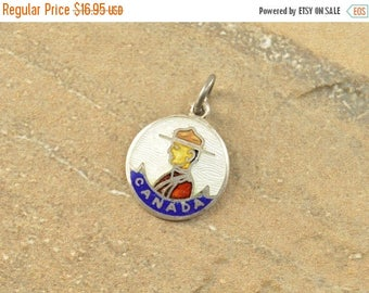 HUGE Sale Enamel Canadian Mountie Police Round Charm / Pendant Sterling Silver 2.1g