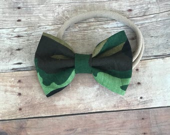 Camo bow - green camouflage headband - alligator clip - nylon bow for kids - baby or toddler gift- green bow