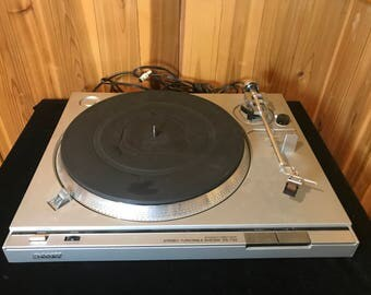 Sony PS-T22 automatic direct drive vintage turntable Silver record player phonograph with Shure M70EJ cartridge and NEW stylus