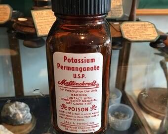 Amber pharmacy apothecary poison Mallinckrodt Rx drug bottle