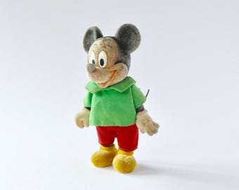 Mickey mouse. Vintage Disney mickey mouse toy. Vintage Disney toy. Vintage Disney. Retro Disney. Vintage mickey mouse. Retro Disney.