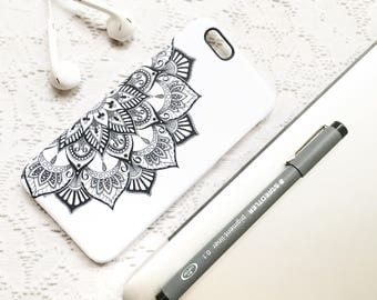 Mandala Phone Case, iPhone 7 Case, iPhone 6 Plus Case, iPhone 6 Case, iPhone 7 Plus Case, High Fashion, Trendy Phone Case, Mandala Phone Art
