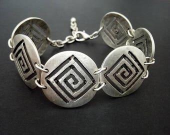 Bohemian Round Shaped Silver Link Bracelet, Silver Chain Bracelet, Bohemian Ethnic Tribal Bracelets, Silver Greek Symbol Bracelets Jewelery