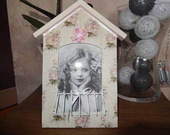 picture frame for shabby cottage chic style