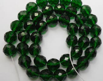 10mm Green Beads Emerald Green Czech Glass Faceted Rounds 16 inch Strand 40 Beads
