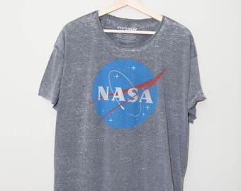 Vintage 1980's Style NASA Space Exploration Astronomy Shirt | XL