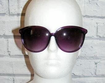 Vintage 80s deadstock oversize twistarm round sunglasses graduated purple (HY01)