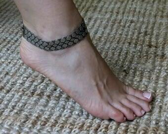 Silver Ankle Bracelet, oxidized silver chain, Beach Ankle Bracelet, Ankle Jewelry, Foot Jewelry, Silver link bracelet, Silver chain bracelet