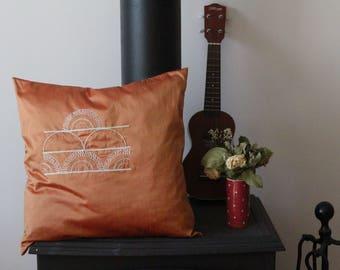 Cushion semi-circle Japanese