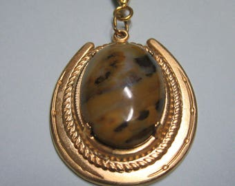 Horseshoe and Hand Cut Agate Cabachon Pendant   Agate Cabochon and Horseshoe Necklace    Agate Necklace