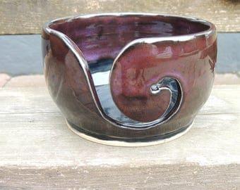 Wolpot/gecarvde Yarnbowl ceramic stoneware with dandelions