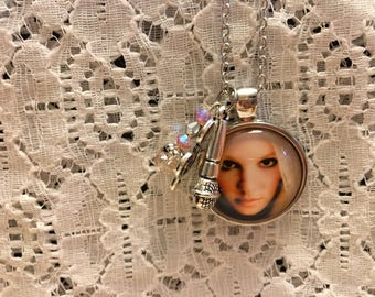 Britney Spears Charm Necklace/Britney Spears Jewelry/Britney Spears Pendant/Britney Spears Fan/Britney Spears Necklace/Britney Spears Gift