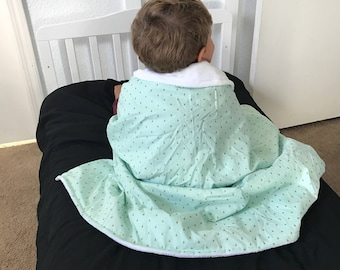 Mint and gold arrow blanket